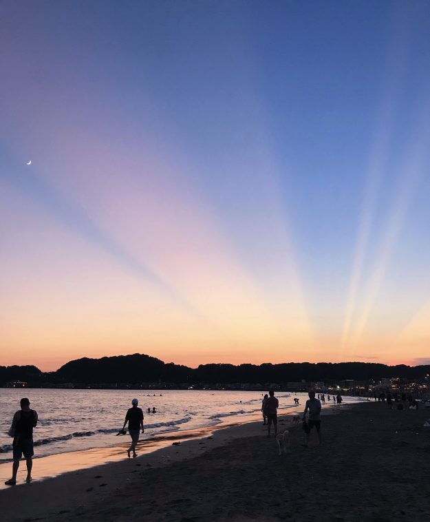 鎌倉由比ガ浜の後光